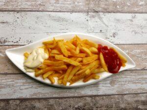 frites faites avec une friteuse sans huile