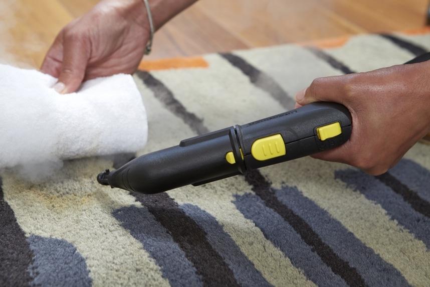 karcher SC3 nettoyer un tapis