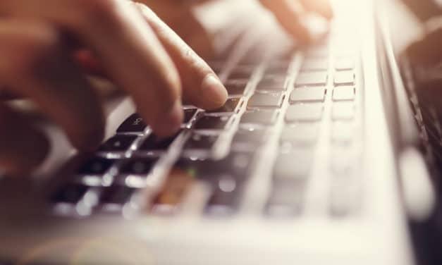 Comment nettoyer son clavier d'ordinateur ? Nos conseils