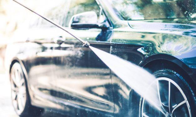 Nettoyer sa voiture soit-même : tout ce qu'il faut savoir