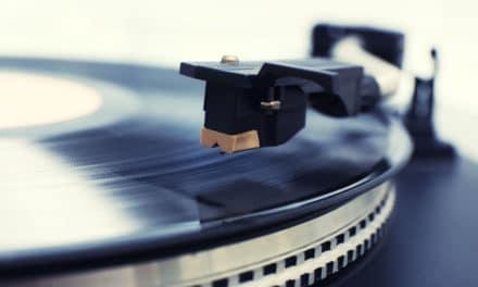 Conseils pratiques pour nettoyer et entretenir son vinyle