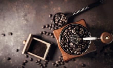 Comparatif des meilleurs moulins à café du moment : Avis Rédaction & Conso, Caractéristiques & Avantages